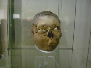 Cabeza de una momia