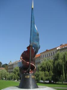 Monumento conmemorativo a la ocupación nazi