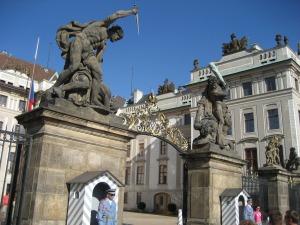 Puertas del castillo de Praga
