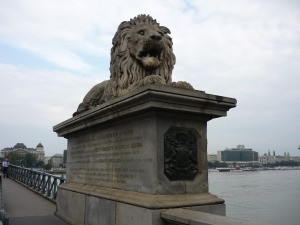 Guardián del Puente de las Cadenas