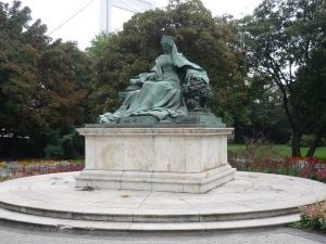 Estatua de la Emperatriz Isabel