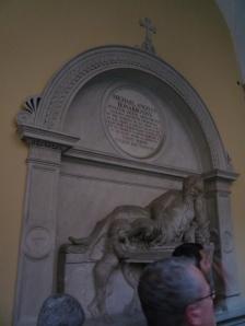 Lápida destinada a Miguel Ángel