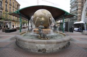 Fuente en la Plaza de España