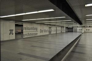 Pi en Karlsplatz