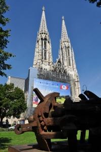 Votivkirche desde el parque Sigmund Freud
