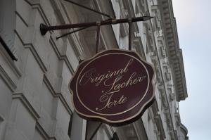 Original según el Hotel Sacher, pero no según el Hotel Imperial